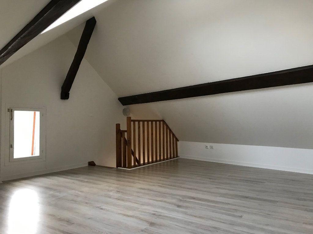 Appartement à louer 3 57.73m2 à Crécy-la-Chapelle vignette-6