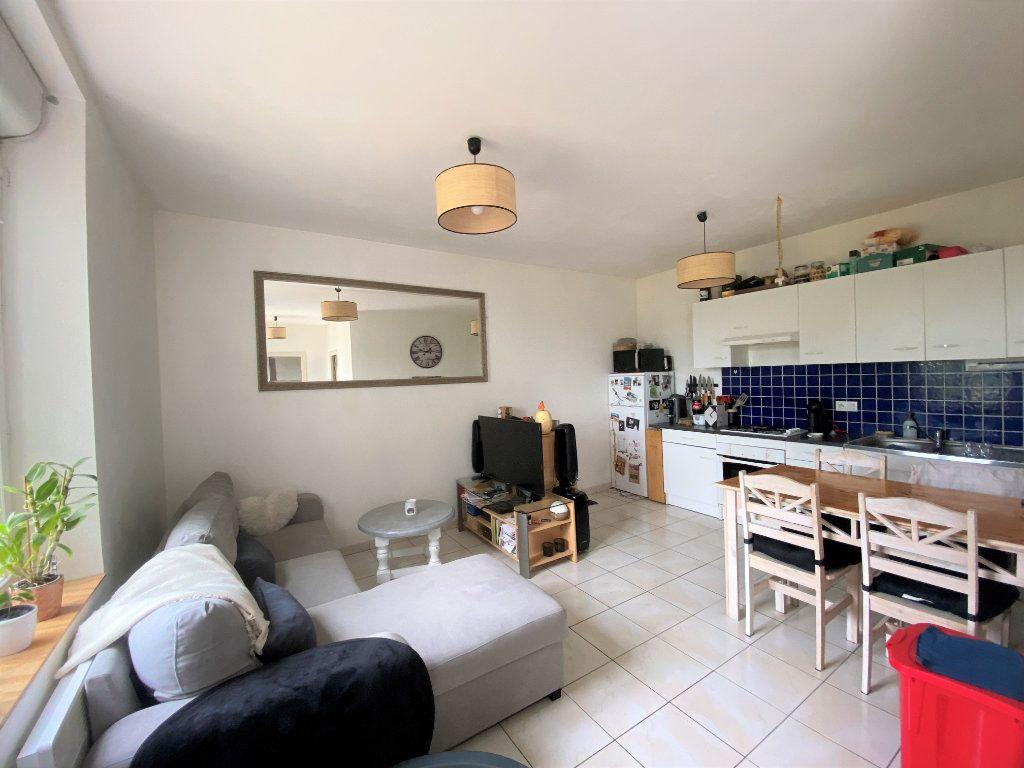 Maison à louer 2 44m2 à Pernay vignette-2