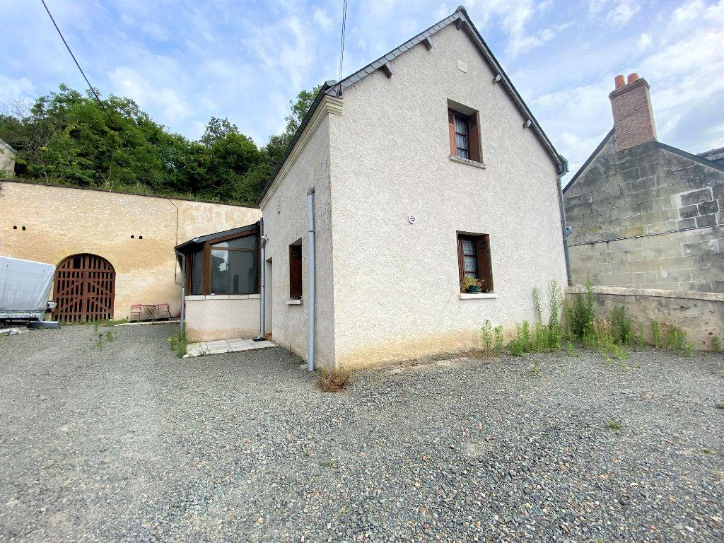 Appartement à louer 1 19m2 à Saint-Étienne-de-Chigny vignette-4
