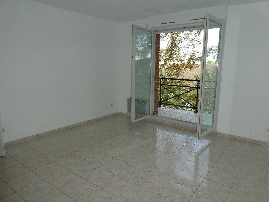 Appartement à louer 2 54m2 à Saint-Cyr-sur-Loire vignette-3