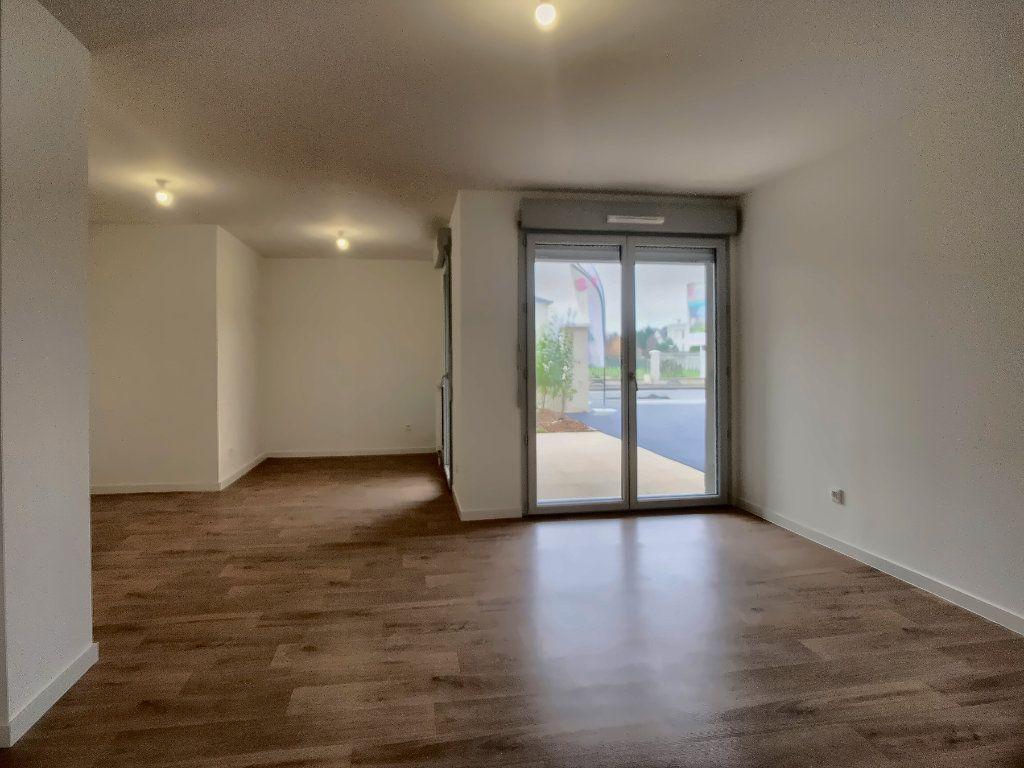 Appartement à louer 3 64m2 à Fondettes vignette-2