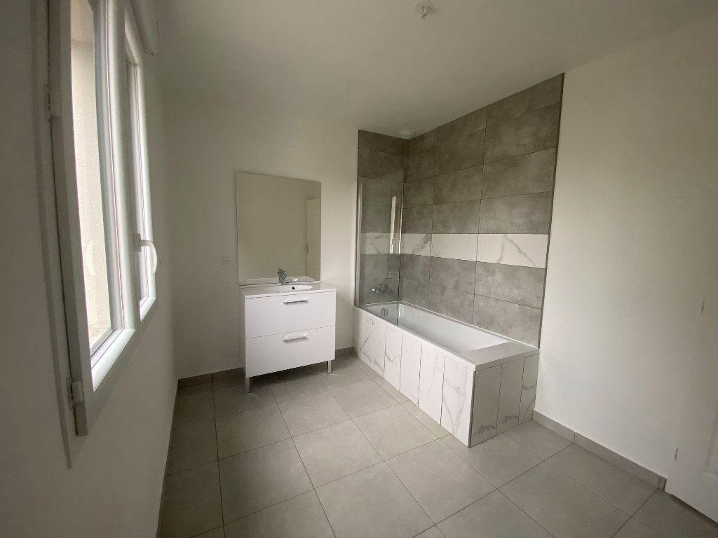 Maison à louer 4 91m2 à Montlouis-sur-Loire vignette-4