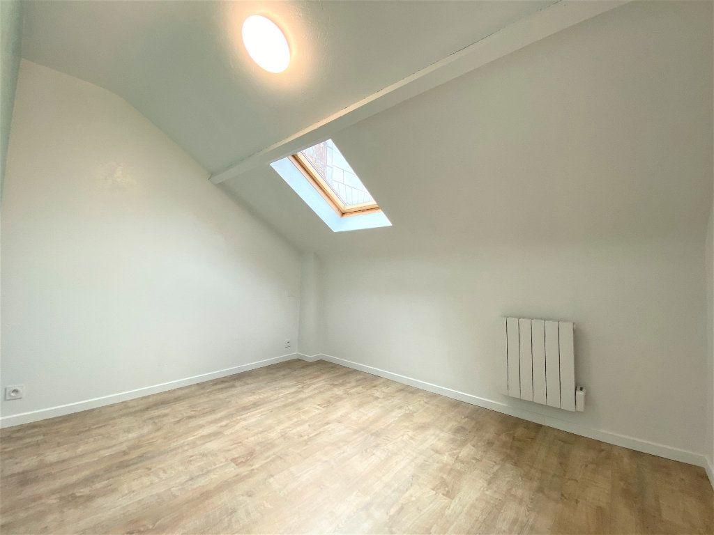 Appartement à louer 2 30m2 à Bléré vignette-2