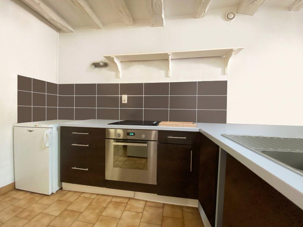 Appartement à louer 3 50m2 à Bléré vignette-2