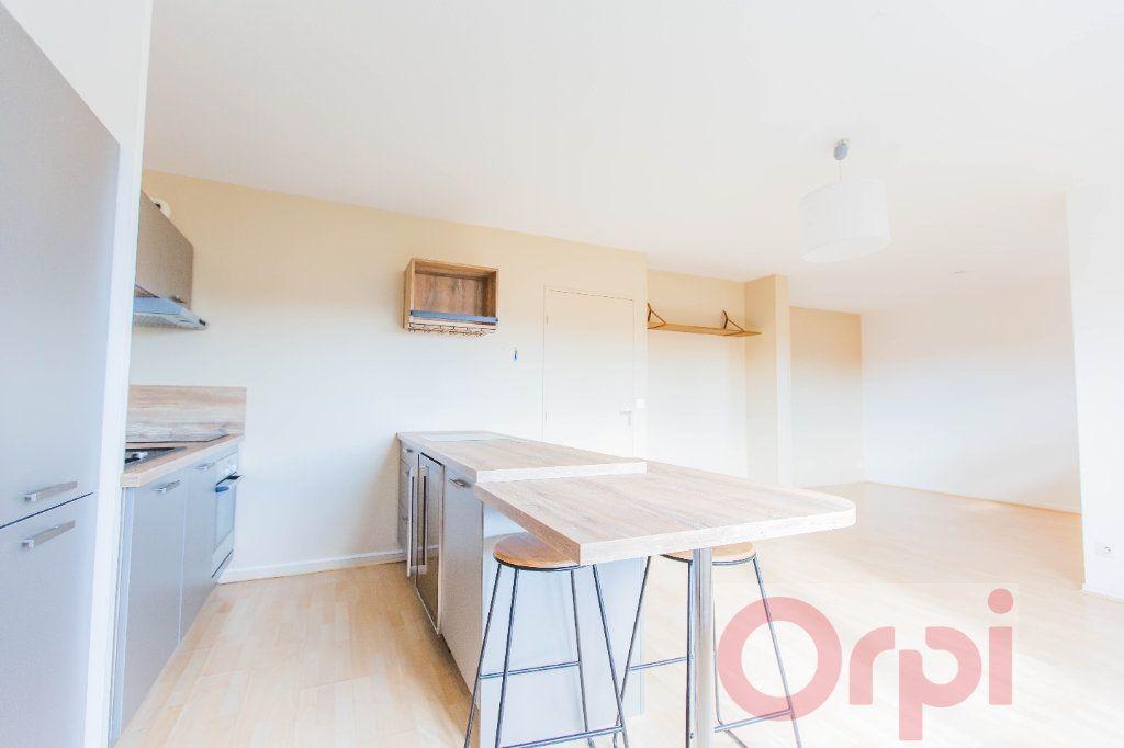 Appartement à vendre 3 77.74m2 à Chartres vignette-1