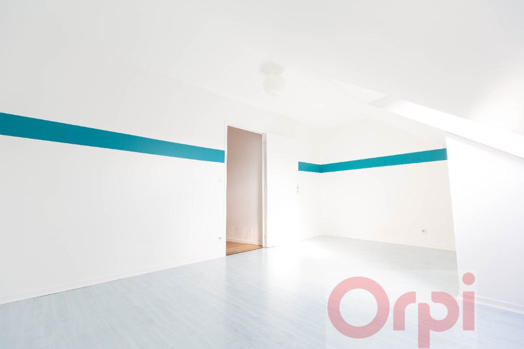 Appartement à vendre 3 77.74m2 à Chartres vignette-4
