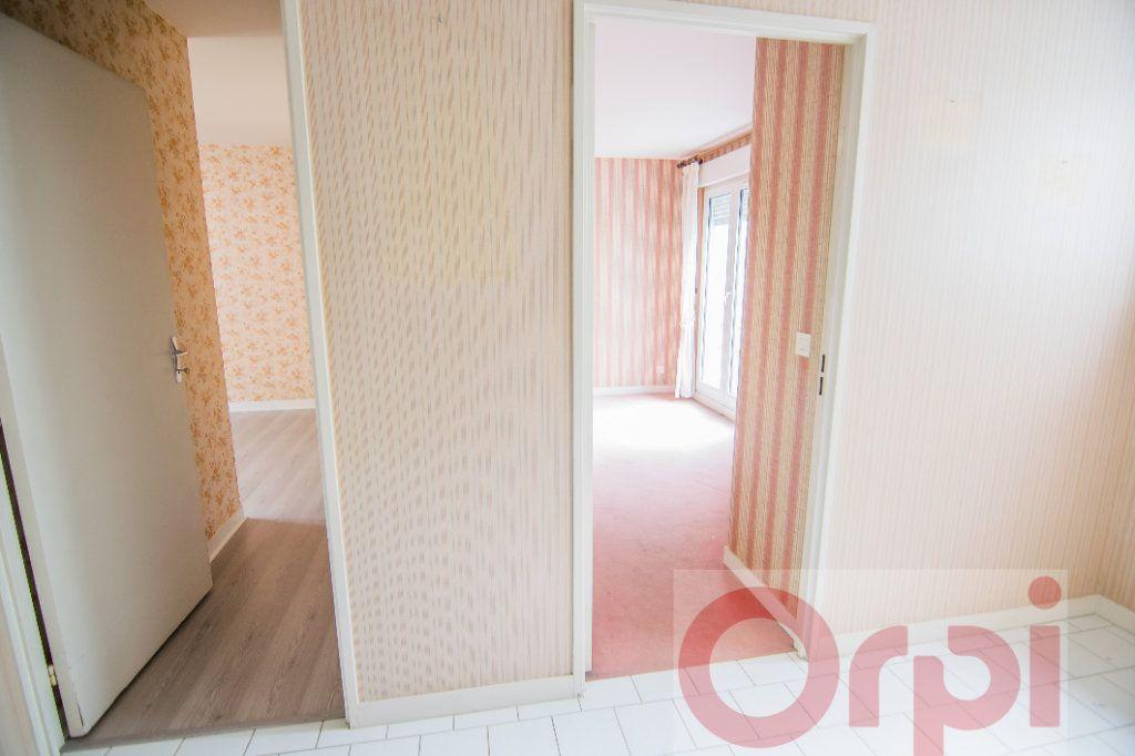 Appartement à vendre 4 88.65m2 à Chartres vignette-3