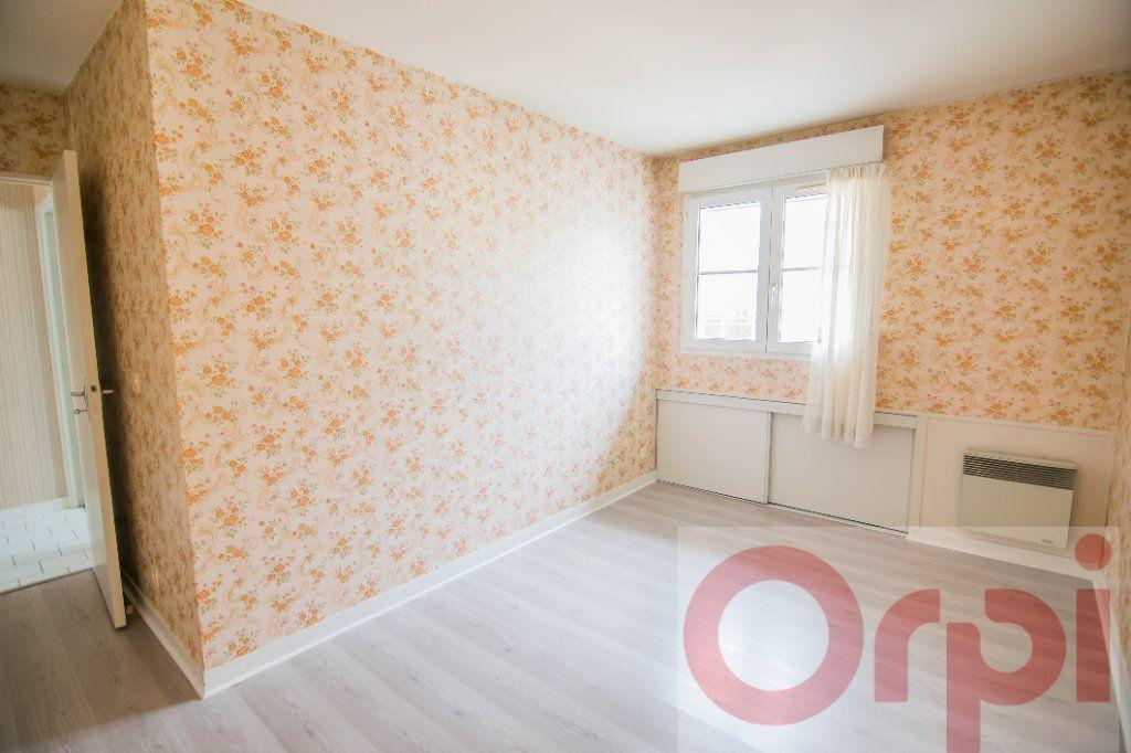 Appartement à vendre 4 88.65m2 à Chartres vignette-5