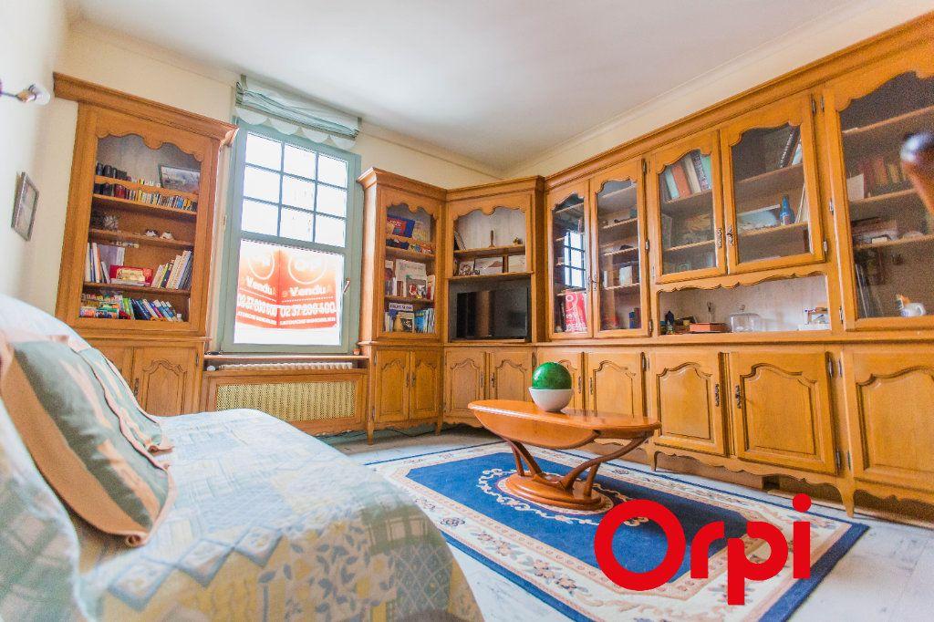 Appartement à vendre 5 128.4m2 à Chartres vignette-4