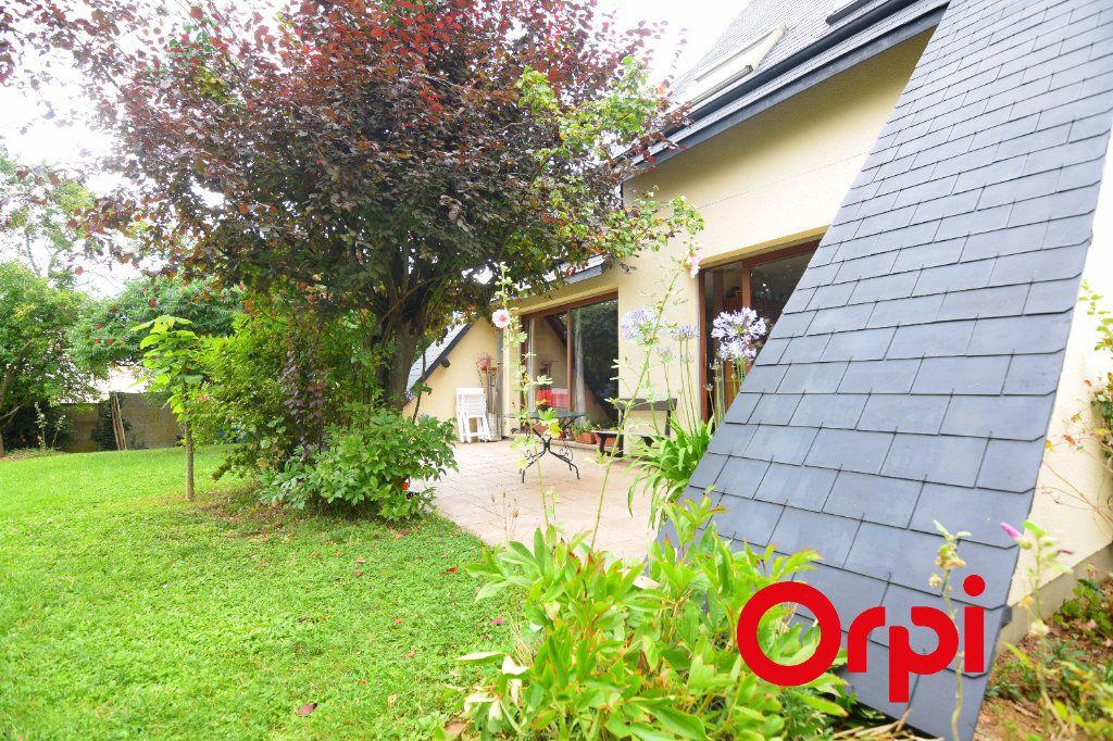 Maison à vendre 7 134m2 à Chartres vignette-1