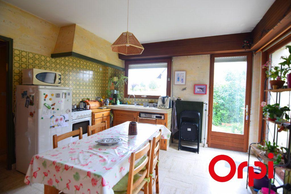 Maison à vendre 7 134m2 à Chartres vignette-5