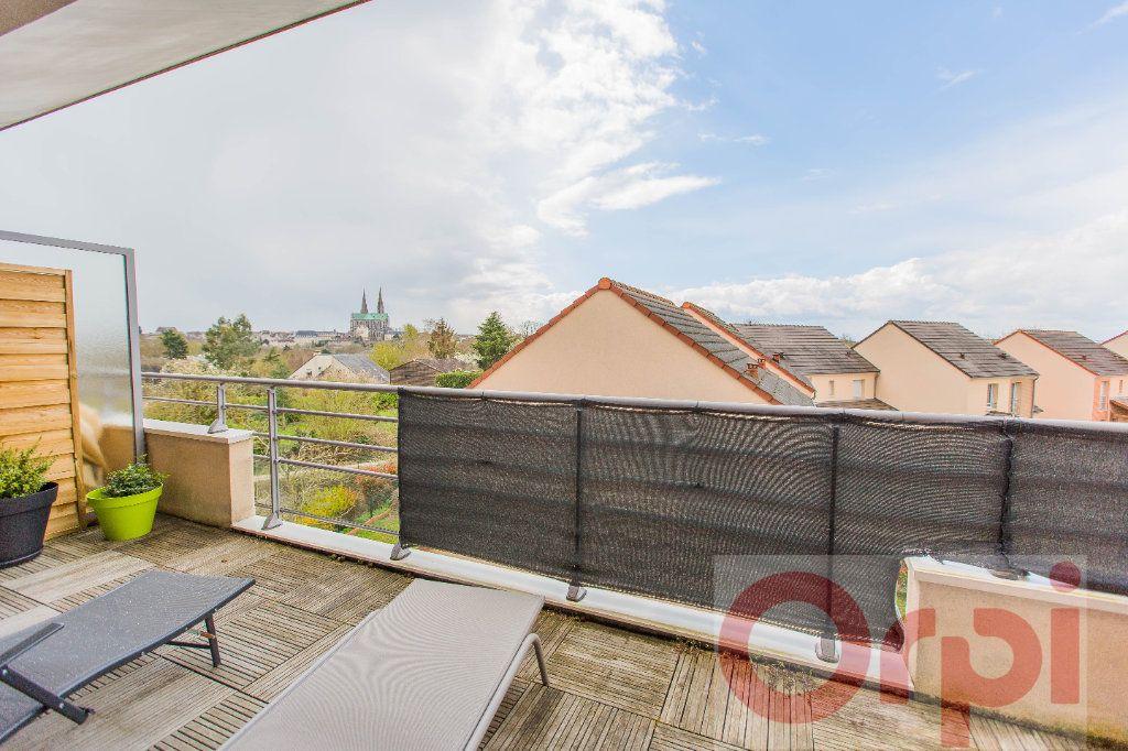 Appartement à vendre 4 77.59m2 à Chartres vignette-1