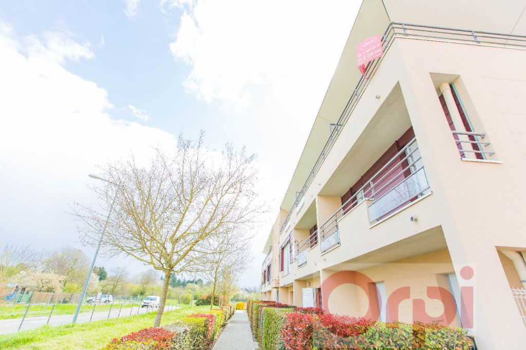 Appartement à vendre 4 77.59m2 à Chartres vignette-8