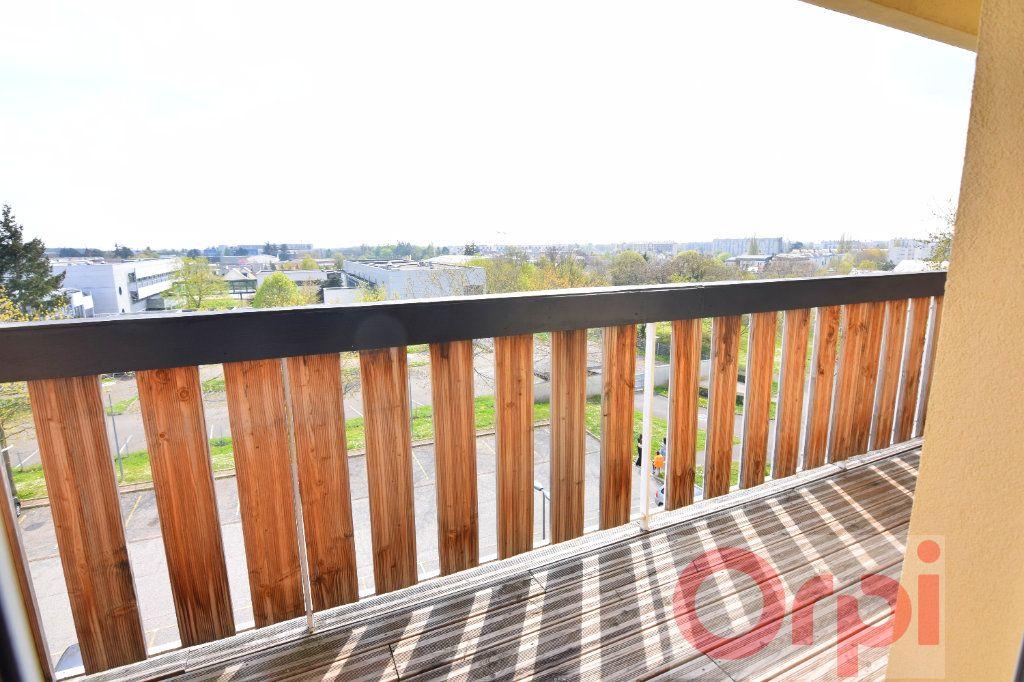 Appartement à vendre 3 66m2 à Chartres vignette-1