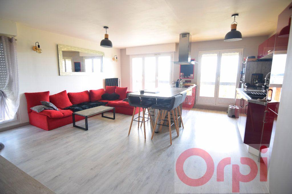 Appartement à vendre 3 66m2 à Chartres vignette-3