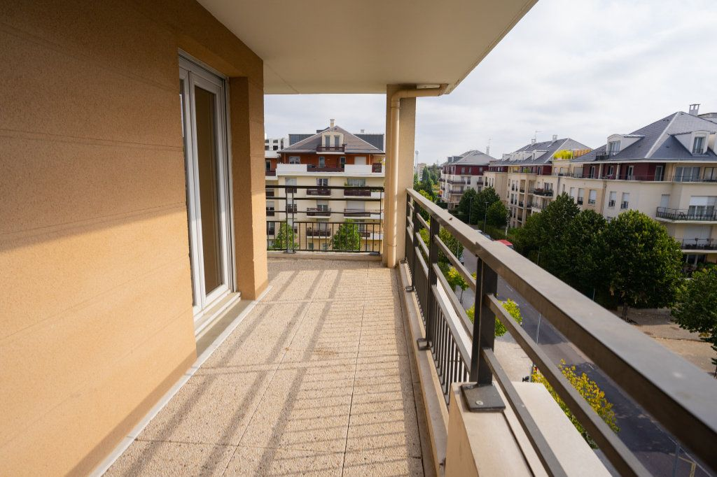 Appartement à vendre 5 104m2 à Carrières-sous-Poissy vignette-10