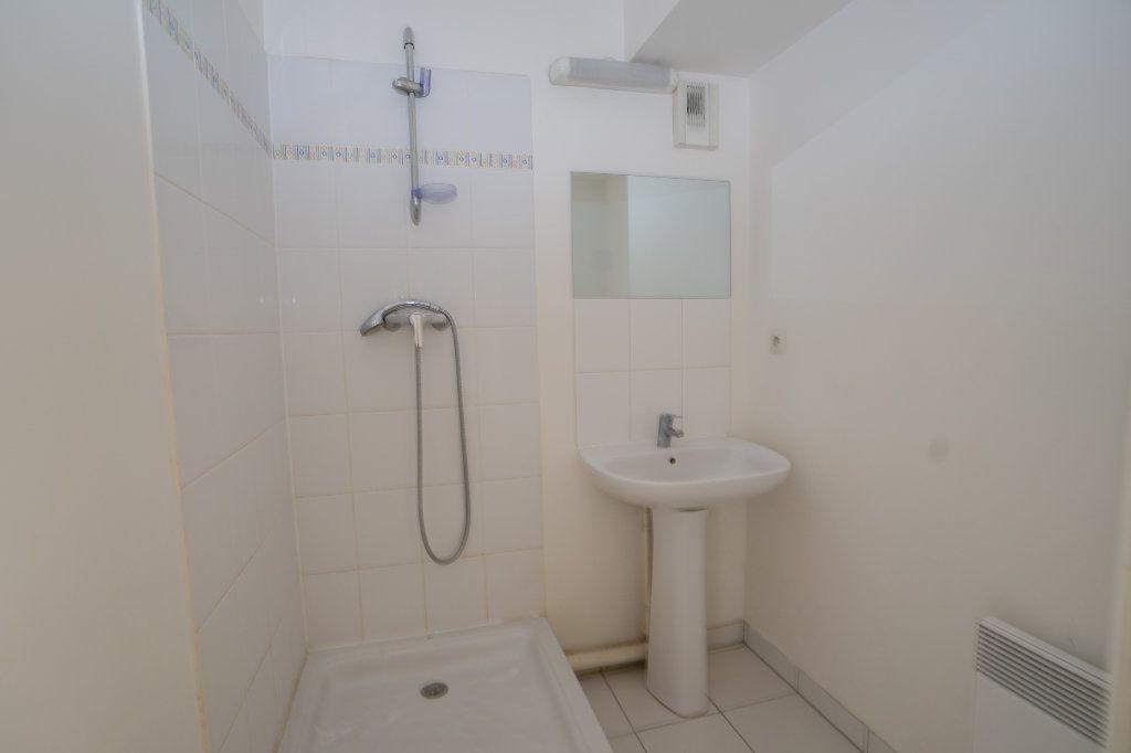 Appartement à vendre 5 104m2 à Carrières-sous-Poissy vignette-12