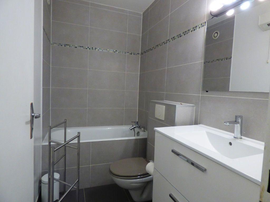 Appartement à louer 1 28m2 à Verneuil-sur-Seine vignette-4
