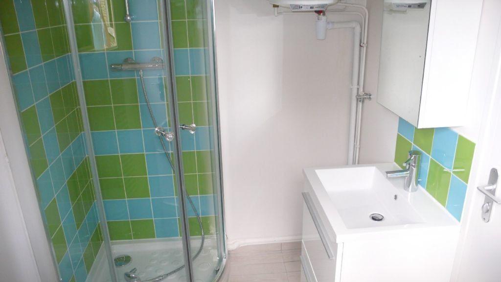 Appartement à louer 1 16.6m2 à Verneuil-sur-Seine vignette-2