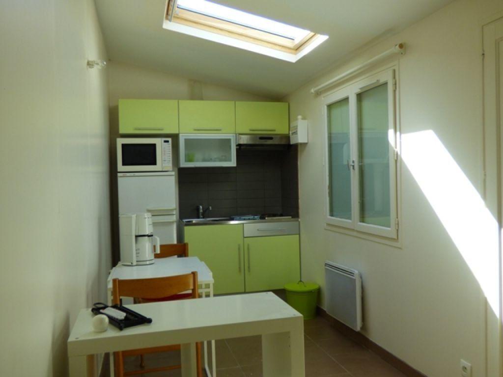 Appartement à louer 1 16.6m2 à Verneuil-sur-Seine vignette-3