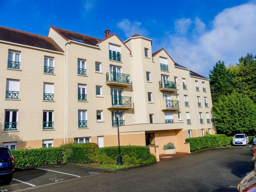Appartement à louer 1 28.91m2 à Verneuil-sur-Seine vignette-1
