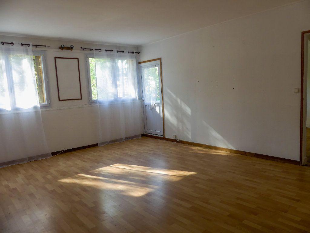 Appartement à vendre 3 58m2 à Verneuil-sur-Seine vignette-1