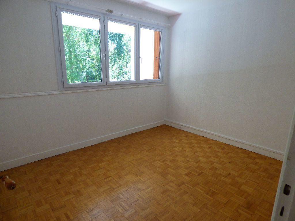Appartement à vendre 3 58m2 à Verneuil-sur-Seine vignette-6