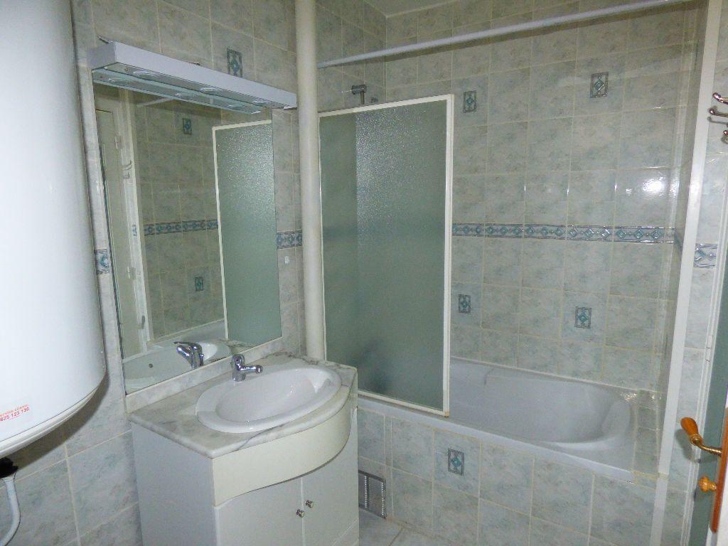 Appartement à vendre 3 58m2 à Verneuil-sur-Seine vignette-7