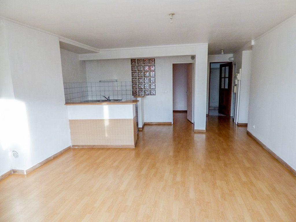Appartement à louer 3 62.18m2 à Triel-sur-Seine vignette-3