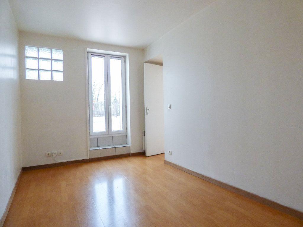 Appartement à louer 3 62.18m2 à Triel-sur-Seine vignette-4