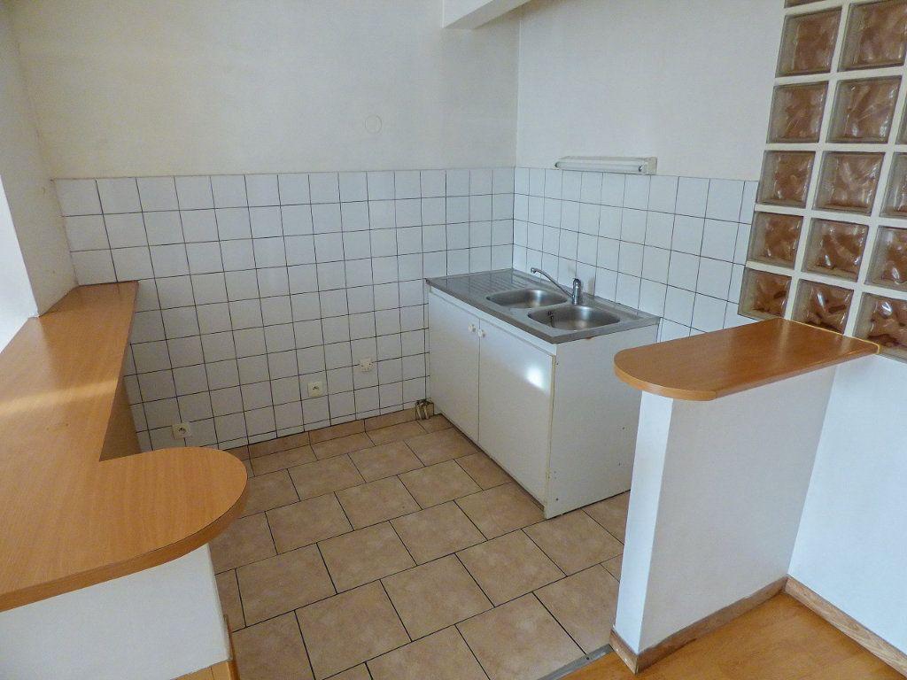 Appartement à louer 3 62.18m2 à Triel-sur-Seine vignette-5