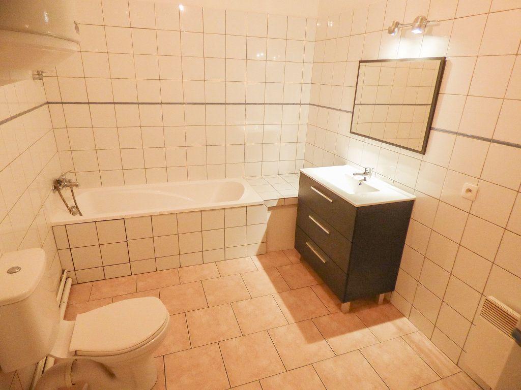 Appartement à louer 3 62.18m2 à Triel-sur-Seine vignette-7
