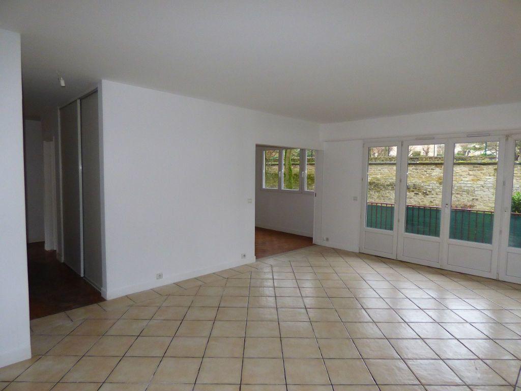 Appartement à louer 5 92.45m2 à Verneuil-sur-Seine vignette-2