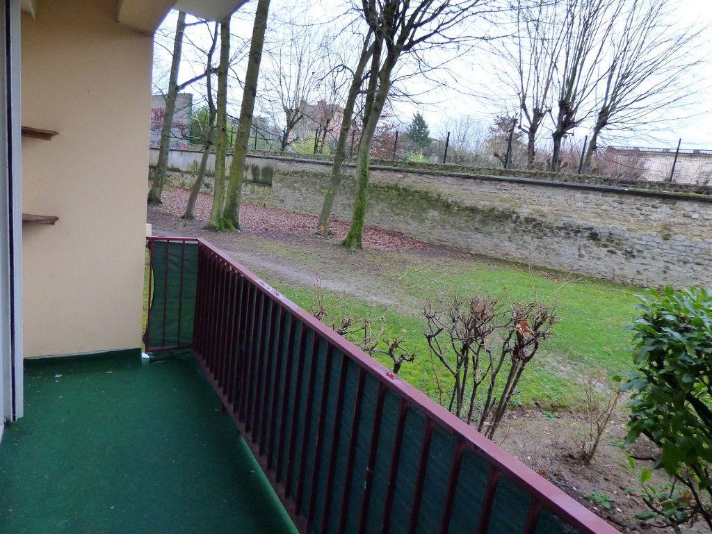 Appartement à louer 5 92.45m2 à Verneuil-sur-Seine vignette-3