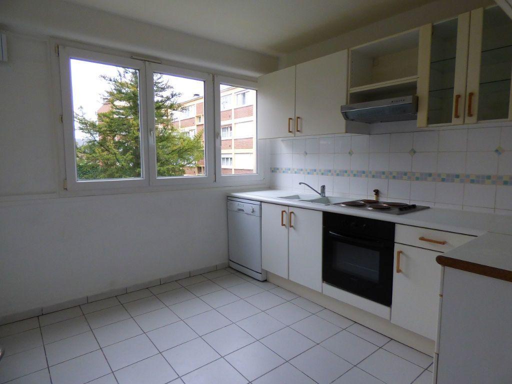 Appartement à louer 5 92.45m2 à Verneuil-sur-Seine vignette-5