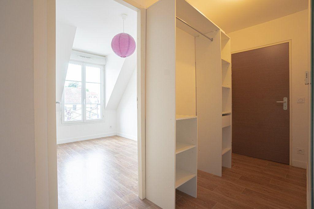Appartement à vendre 3 50.38m2 à Verneuil-sur-Seine vignette-5
