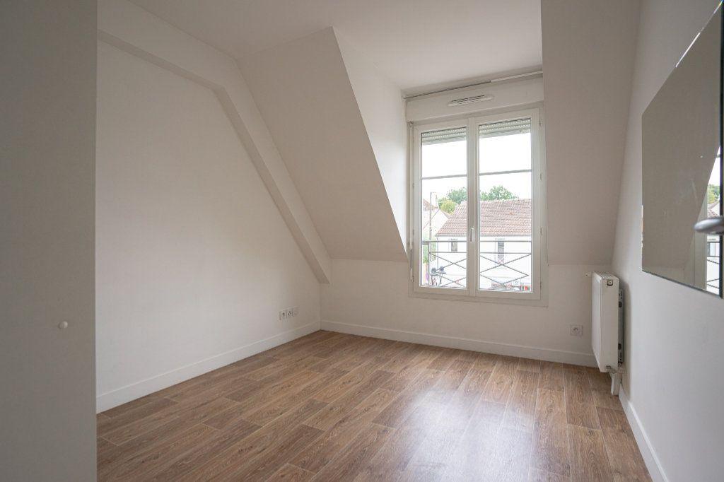 Appartement à vendre 3 50.38m2 à Verneuil-sur-Seine vignette-6
