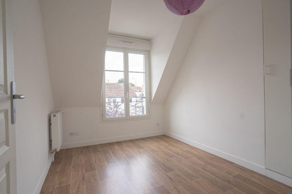 Appartement à vendre 3 50.38m2 à Verneuil-sur-Seine vignette-7