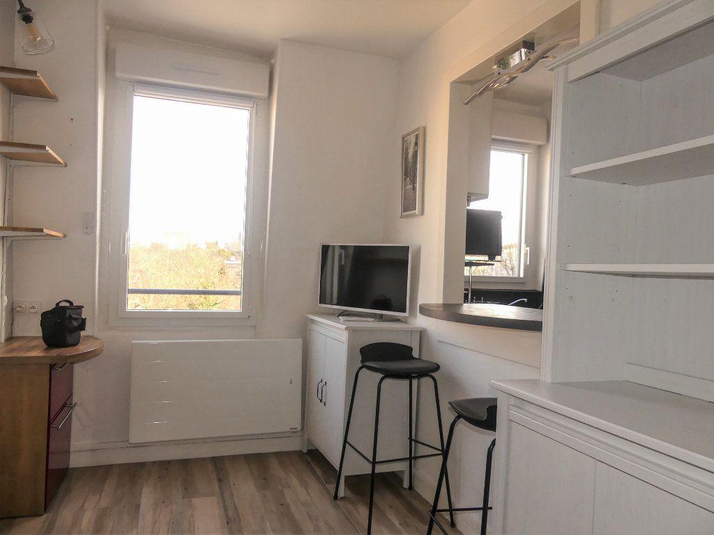 Appartement à louer 2 29m2 à Poissy vignette-3