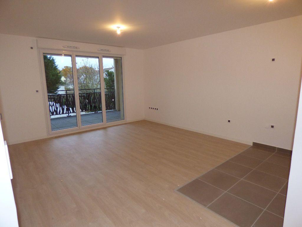 Appartement à louer 3 64.75m2 à Achères vignette-2