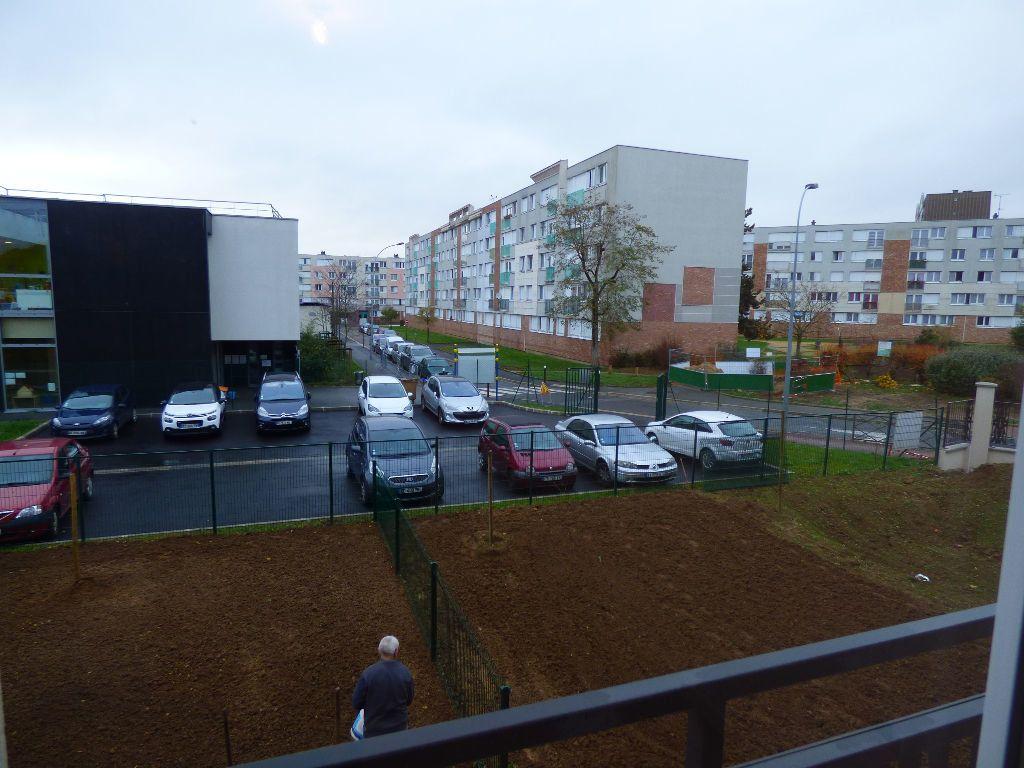 Appartement à louer 3 64.75m2 à Achères vignette-8