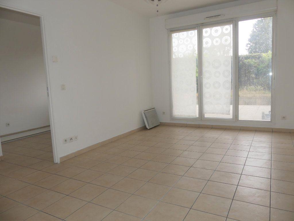 Appartement à louer 2 39.4m2 à Verneuil-sur-Seine vignette-5