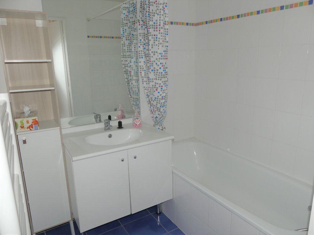 Appartement à louer 2 39.4m2 à Verneuil-sur-Seine vignette-6