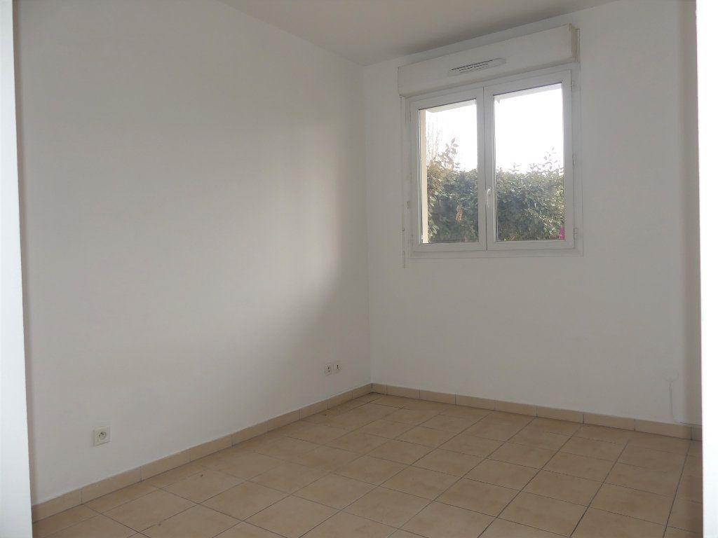 Appartement à louer 2 39.4m2 à Verneuil-sur-Seine vignette-7