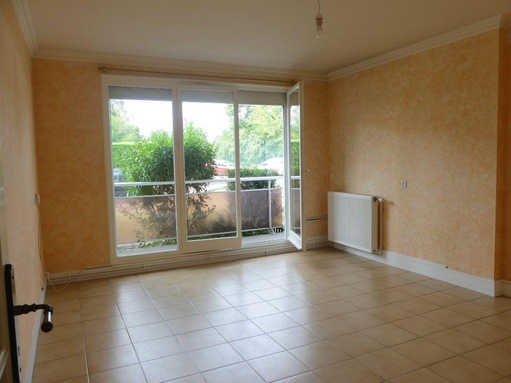 Appartement à vendre 3 75m2 à Verneuil-sur-Seine vignette-2