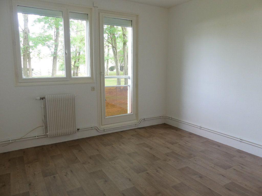 Appartement à vendre 3 75m2 à Verneuil-sur-Seine vignette-5