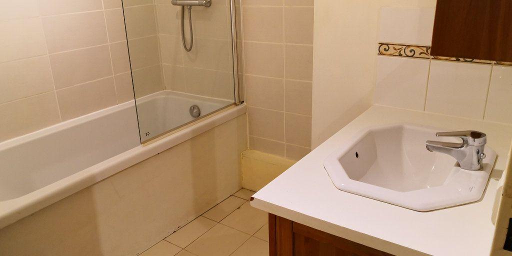 Appartement à vendre 3 75m2 à Verneuil-sur-Seine vignette-7