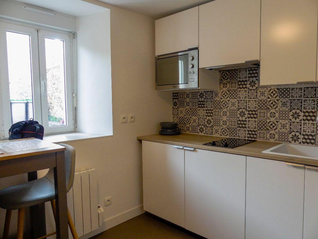 Appartement à louer 1 18.46m2 à Aubergenville vignette-4