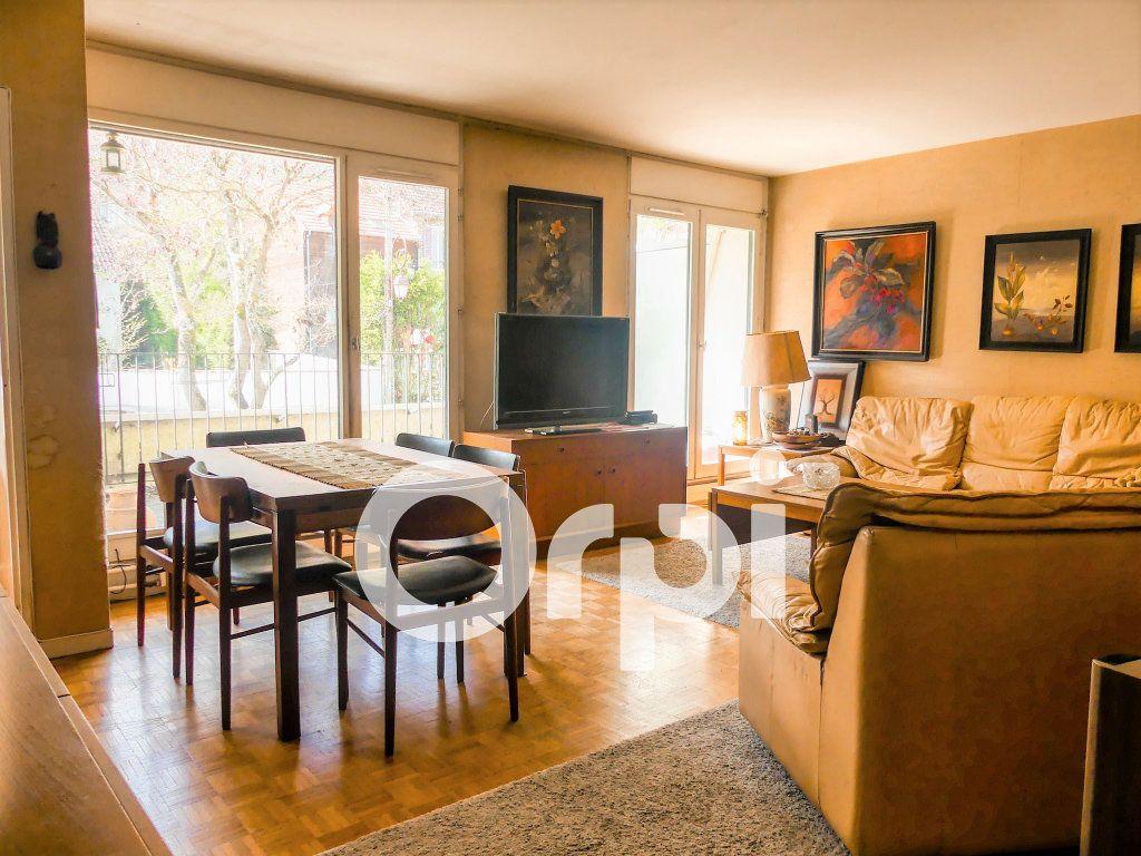 Appartement à vendre 4 97m2 à Villennes-sur-Seine vignette-1