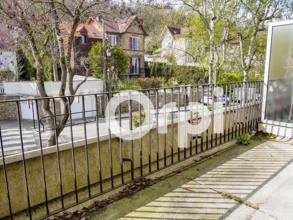 Appartement à vendre 4 97m2 à Villennes-sur-Seine vignette-4